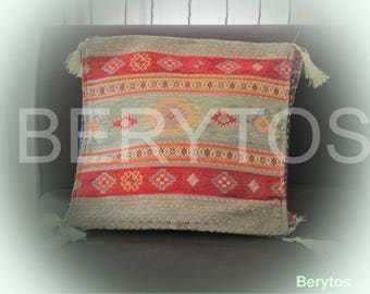 Kilim pillow covers.