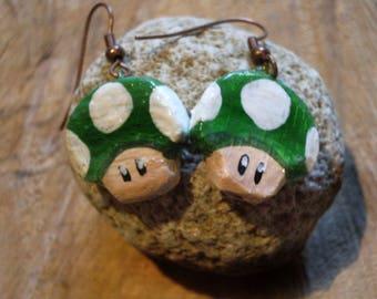 Earrings 1UP green mushroom.