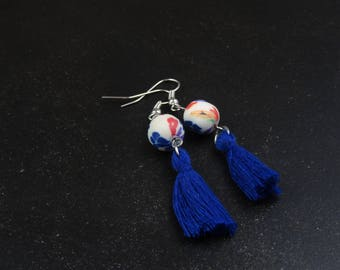 Flower bead and tassel earrings