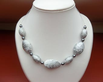 Light gray pearl necklace
