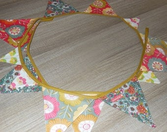 Bunting for wall decoration in patterned cotton