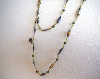 paper and glass beads necklace