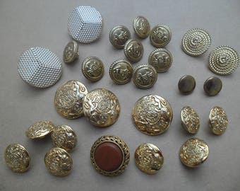 27 VINTAGE plastic buttons gold 25 mm and 11 mm / BUTTONS / buttons