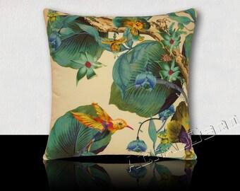 Pillow Designer rainforest Hummingbird/flowers/foliage