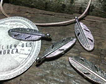 "Set of 10 ""Feather"" pendants / metal / silver / 30 x 9 x 2 mm / 2 mm hole"