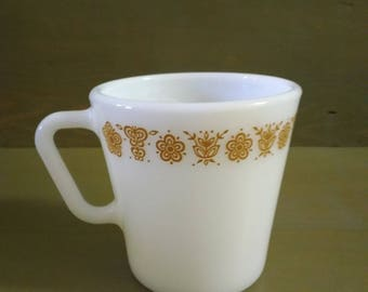 Pyrex coffee cups