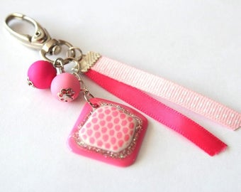 Keychain grigri Ribbon cabochon Pearl Pink