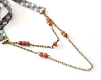 Necklace fabric geometric patterns with pearls