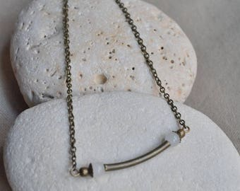 Necklace with Pearl surrounded by 2 White Pearl bronze tube
