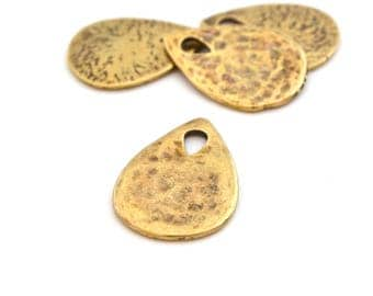 Drop pendant bronze or silver hammered metal (made in Europe)