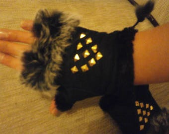 Mitten accessorized and adjustable Black Suede