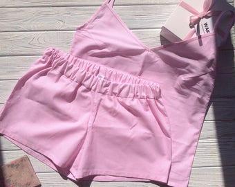Cotton pajamas in a pink thin stripe