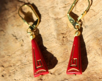 Red TRIANGLE EARRINGS Golden BAROQUE way frieze Greek leather