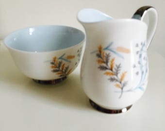Queen Anne Fine Bone China, Milk jug and Sugar bowl set, gift, collectable