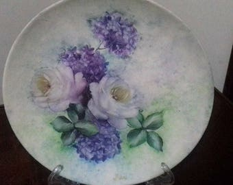 Decorated plate decoupage
