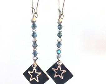 Elegant earrings, enameled metal & Silver Star sequin! These unusual earrings earrings fancy Bohemian style