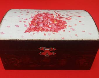 Vintage style trinket box 'Your Beautiful Heart'