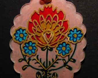 Pendant oval flower folk art pattern