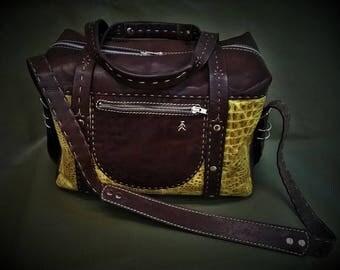 Travel bag,sports bag,leather bag,bag for men,bag for woman,big bag,large leather bag,handmade bag,shoulder bag,leather,handmade