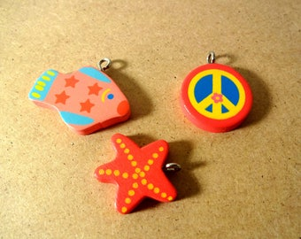 X 3 painted wood charms - fish - star - peace and love - deco creations, activities for children