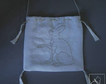 Introduction to the medieval Embroidery Kit