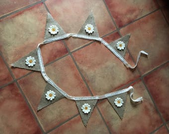 Crochet daisy love bunting