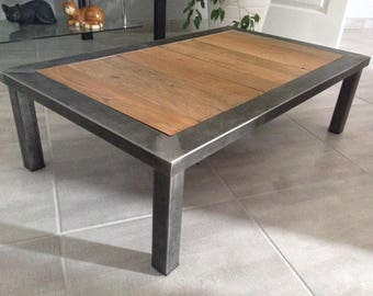 Table low metal and wood