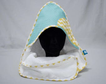 "Hooded towel ""Calf"" - blue scales & yellow zigzag"