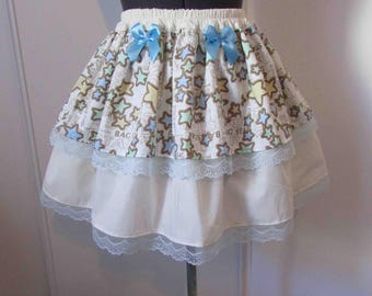 Skirt-star kawaii beige background