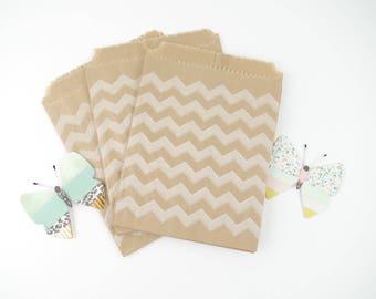 Sachets cadeaux (x10) Pochettes en papier kraft imprimé à motif chevron blanc 12 x 14 cm pour cadeaux, bijoux, dragées, baptême,