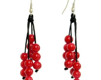 Dangling earrings cascade cluster of pearls Red