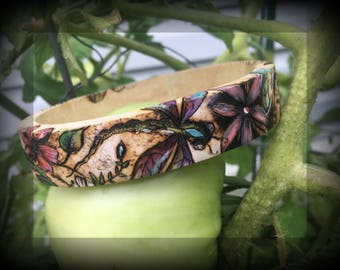 Pyrography Wooden Bangle: Dragonfly