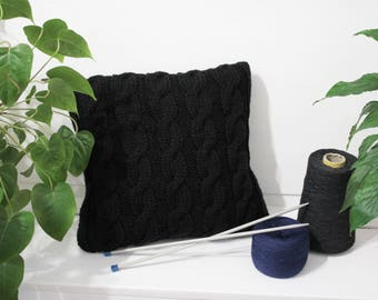 Cable knit pillow Black knited pillow Dorm decor knitting pillow Rustic home decor Black Chunky knit pillow Decorative Chunky knitted pillow