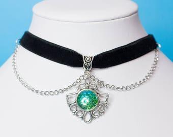 Merman Breath choker, Mermaid boho black choker with green blu scale stone and silver chains, Mermaid costume, mermaid necklace gift