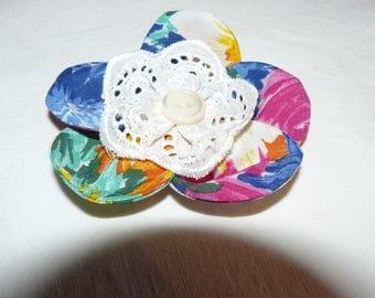 Hand - 12-made fabric brooch-
