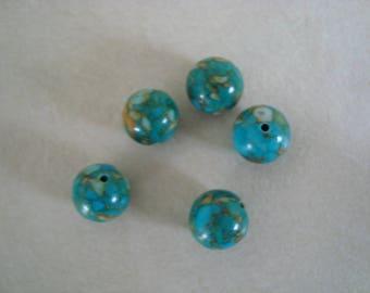 5 beige blue round stone beads