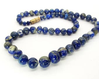 Vintage Lapis Bead Necklace/Gaduated Lapis Lazuli/Deep Celestial Blue Beads/Free Shipping US/Present for Woman/Birthday Present/Holiday gift