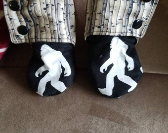Sasquatch Stay-on Booties