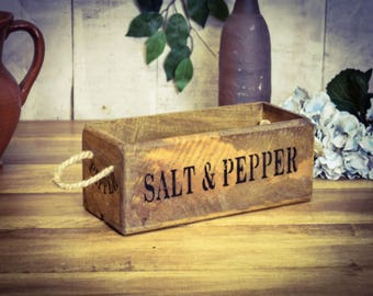 Vintage Style Wooden Salt and Pepper Box / Rack