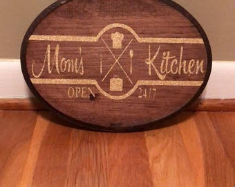 Moms Kitchen Wall Hanging Sign