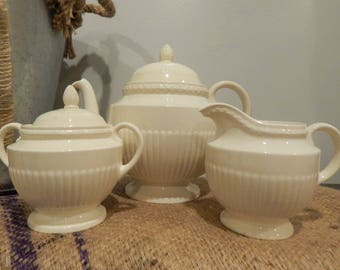 Wedgwood Edme 5 piece tea set - teapot, lid, sugar bowl, lid and creamer