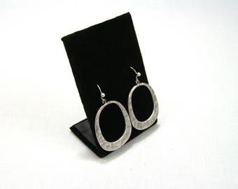 Dangling Oval Hammered Metal Silver Earrings