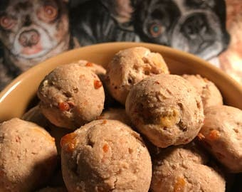 Bacon Cheddar Balls!  Amazing little treat for your favorite fur-pup!  These smell amazing too!
