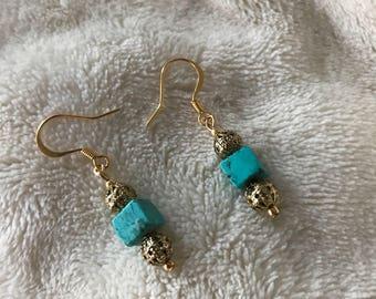 Turqoise Stone 14kt Gold Earrings