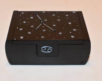 Cancer zodiac constellation box