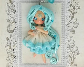 Tiffany winter doll necklace