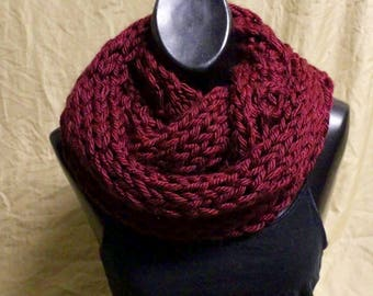 Hand-knit infinity scarf - Maroon