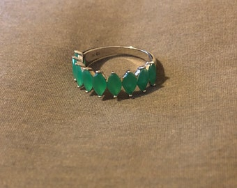 Natural emerald sterling silver ring