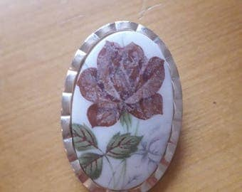 Vintage 1950's scarf or dress clip with classically beautiful rose motif