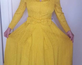 Beautiful vintage gown size 10